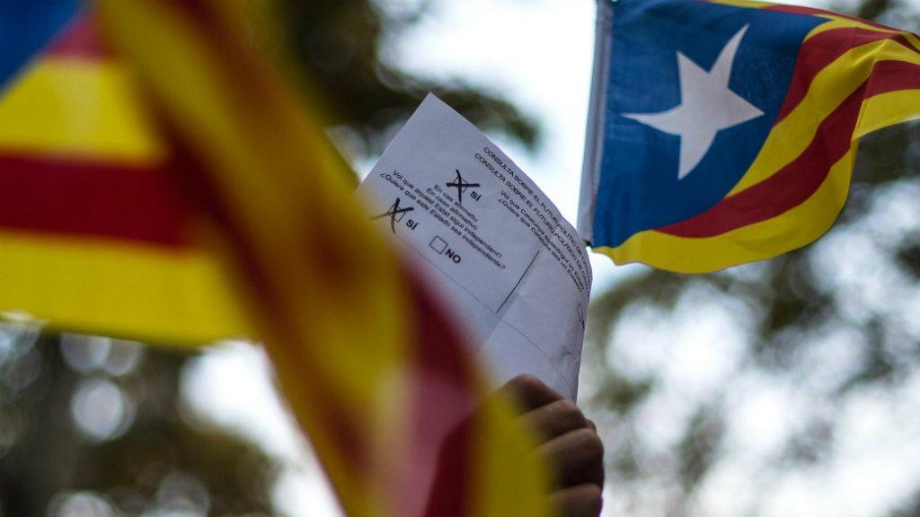 Consecuencias económicas, políticas y sociales de una hipotética independencia de Cataluña